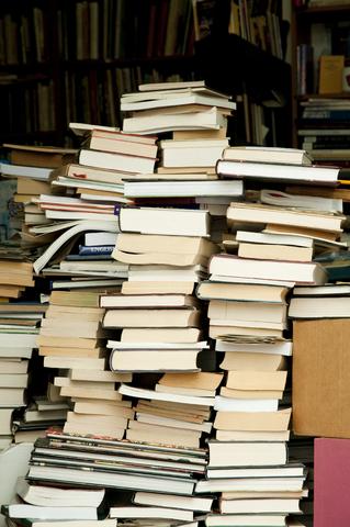 Boekenstapelsdreamstime_15298508